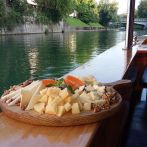 cheese-plate-boat-tour
